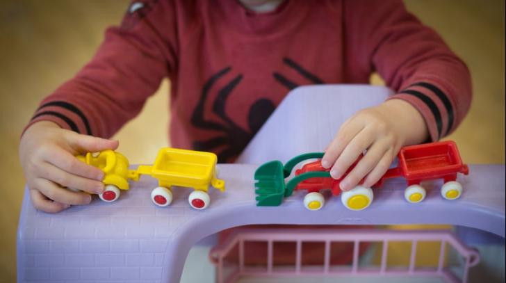 Autismul - ce este și ce metode de terapie există?
