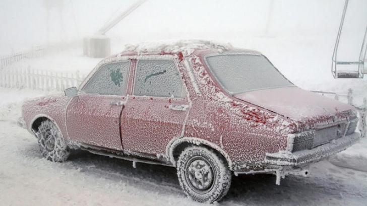 Bărbat găsit mort, îngheţat în propria maşină, în Vrancea. Avea 9 copii, dintre care 4 au murit