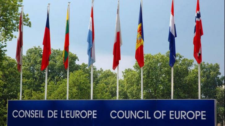 CE propune condiţionarea accesării fondurilor europene de respectarea valorilor fundamentale