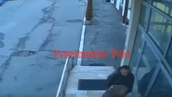 Abuz incalificabil al unui şef din CNAIR. Subalternă lovită şi umilită de un director