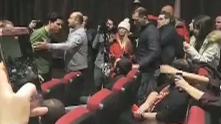 """Încă un film, întrerupt de proteste la MŢR. Ada Solomon: """"Dincolo de orice norme de înţelegere"""""""