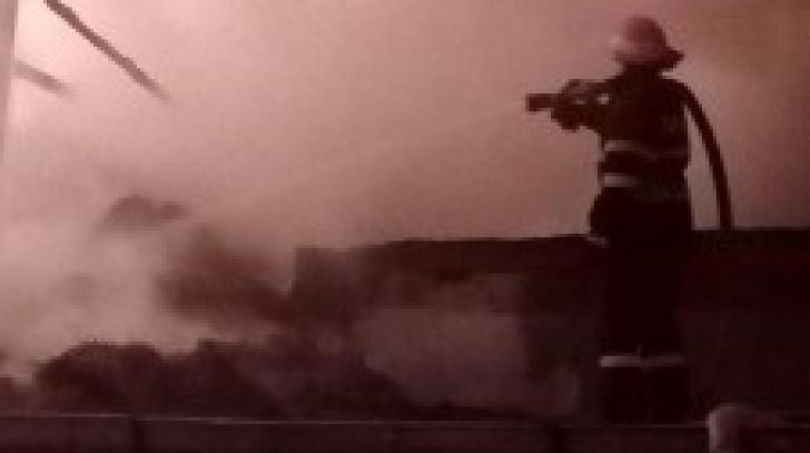 Incendiile fac o nouă victimă, în Botoșani. Cum a fost găsit proprietarul unei case
