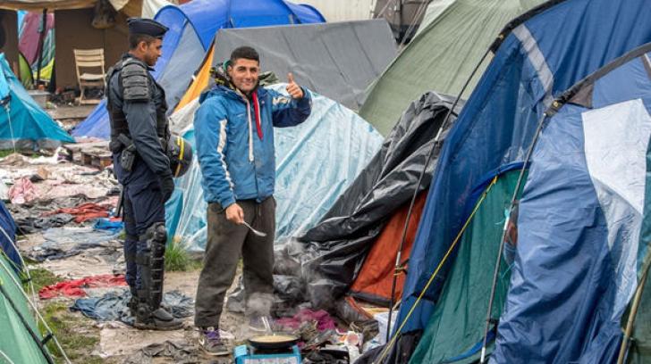 36 de tabere de migranţi