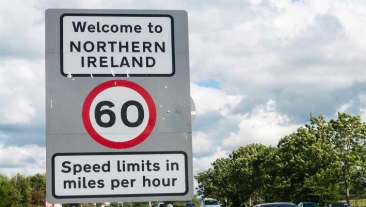 Brexit cu tensiuni. UE propune păstrarea Irlandei de Nord în Uniunea vamală. Reacție dură la Londra