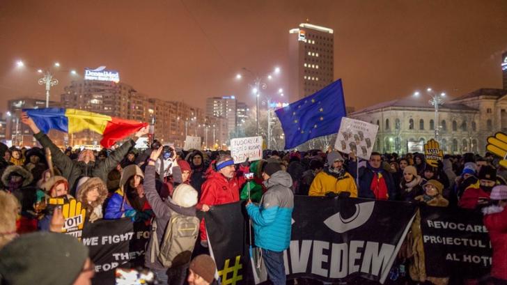 Proteste în Piaţa Victoriei şi în ţară, după anunţul procedurii de revocare a şefei DNA / Foto: Inquam Photos / Liviu Florin Albei
