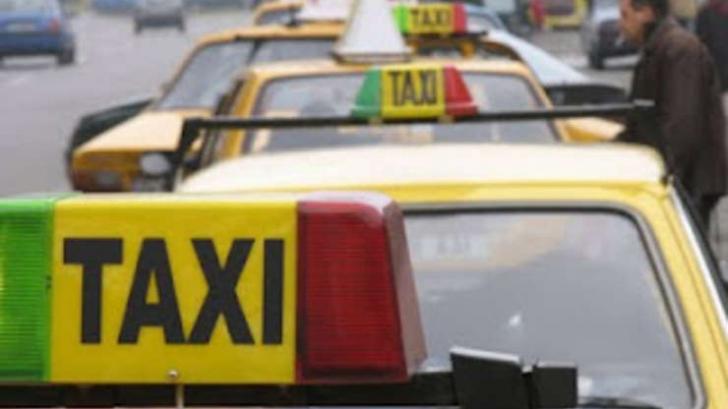 Taximetristul care a agresat verbal o femeie, amendat cu 5.000 de lei