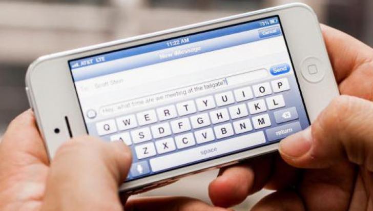 Foloseşti acest semn de punctuaţie în SMS-uri? Este o dovadă de nepoliteţe