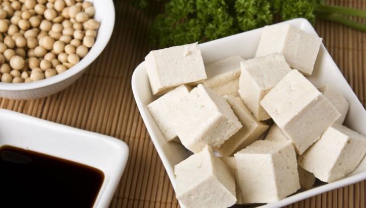 Adevărul despre brânza tofu. Nu vei mai mânca niciodată după ce vei citi asta
