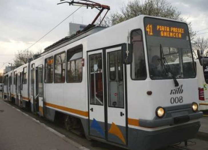 Veste importantă de la RATB! Schimbare pe traseul tramvaiului 41!