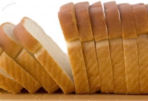 Adevărul ascuns despre pâinea feliată pe care o găseşti în marketuri