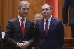 Adrian Candu (dreapta), alături de Iurie Leancă, la București