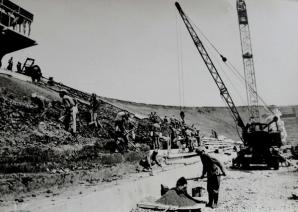 Constructie stadion Steaua (1974)