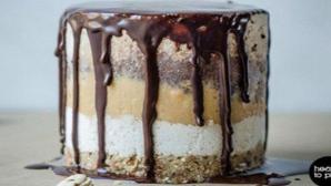 Cum să-ți faci Snickers de casă, organic, raw-vegan și fără gluten