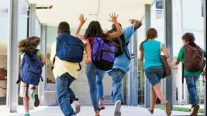 Elevii români învaţă din ce în ce mai puţin: Anul şcolar 2017-2018, cel mai scurt din ultimii 10 ani