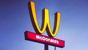 """McDonald's, sigla schimbată. De ce a fost întors celebrul arc """"M"""""""
