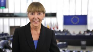 """Monica Macovei: """"Caracatița PSD-ALDE aleargă la maratonul sufocării justiției"""""""