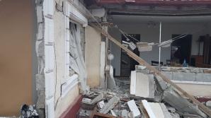 Exploziţie puternică la Năvodari - o casă distrusă, două persoane rănite