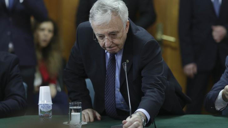 Mugur Isărescu: Suntem puși la zid, chiar dacă unii ne spun avem votul popular de partea noastră