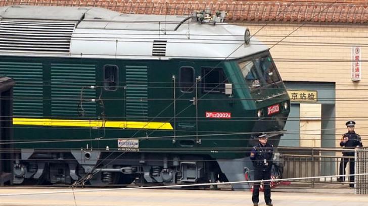 Un tren blindat misterios a sosit în China din Coreea de Nord. Este Kim Jong-un la bord?