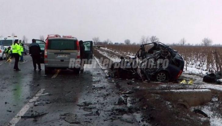 Accident grav lângă  Râmnicu Sarat: un mort, trafic blocat pe E85