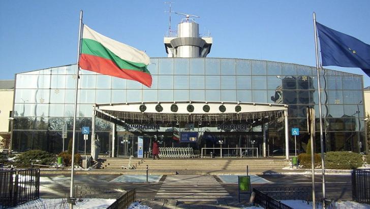 Scandal la Sofia, după o gafă uriaşă pe aeroport, zeci de pasageri au trecut neverificaţi