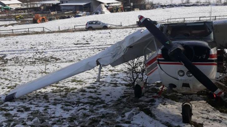 Avion de mici dimensiuni, prăbuşit la scurt timp după decolare