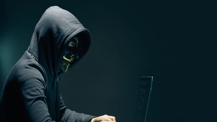 """A apărut hacker-ul """"Guccifer 2.0"""". Nu este român, ci agent rus. Cum a fost depistat"""