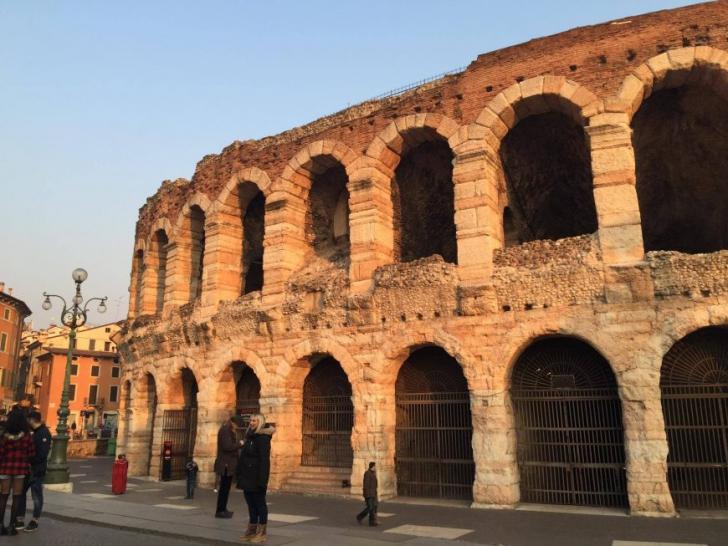 Călător prin lume. 5 motive pentru care să vizitezi Italia
