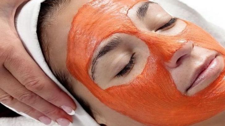 Masca naturală anti-îmbătrânire, la fel de eficientă ca botoxul. Iată reţeta