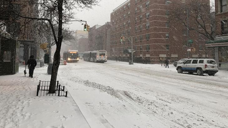 O nouă furtună de zăpadă în Statele Unite -  şcoli închise, aproximativ 2500 de zboruri anulate