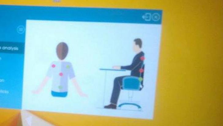 Scaunul inteligent care avertizează postura incorectă la birou. Uite cine l-a creat!