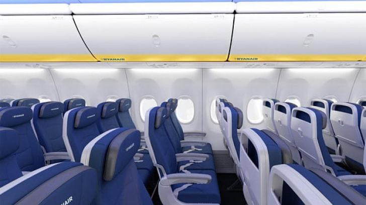 De ce scaunele din avioane sunt albastre. Care este motivul la care nu te-ai fi gândit