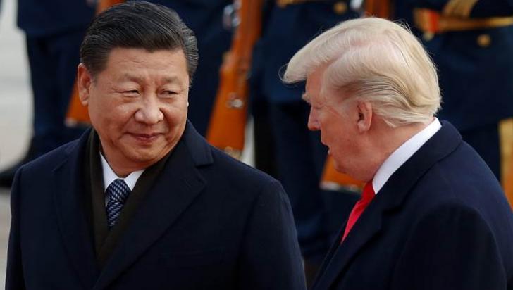 """""""Pe marginea prăpastiei"""". În prag de război comercial, China anunță că """"va lupta până la sfârşit"""""""