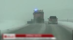Iarnă în toată regula în SUA: O furtună neobişnuită de zăpadă a provocat haos pe autostrăzi