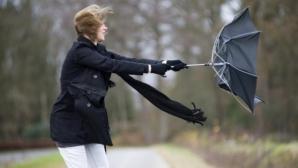Avertizare de vânt puternic