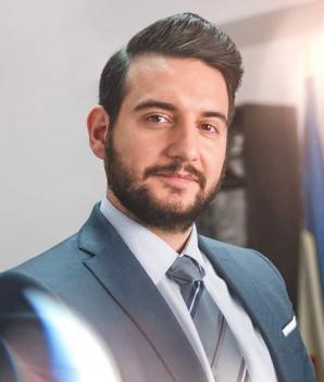 Av. Drd. Cuculis Adrian