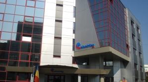 Electrica SA contestă în instanţă sancţiunea care o determină să scadă tarifele