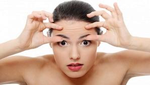7 remedii naturale împotriva ridurilor - ce poţi face să arăţi mereu cu mult mai tânără