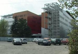 Spitalul Muncipal Bacău, în șantier de 11 ani! Clădirea se degradează pe zi ce trece