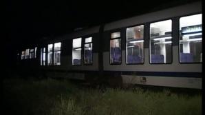 Un tren care circula pe ruta Timișoara-București Nord a rămas blocat pe un pod aproape trei ore