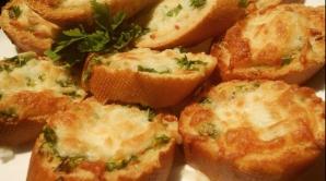Cum să prepari un delicios unt de... usturoi. Reţeta care va uimi pe toată lumea