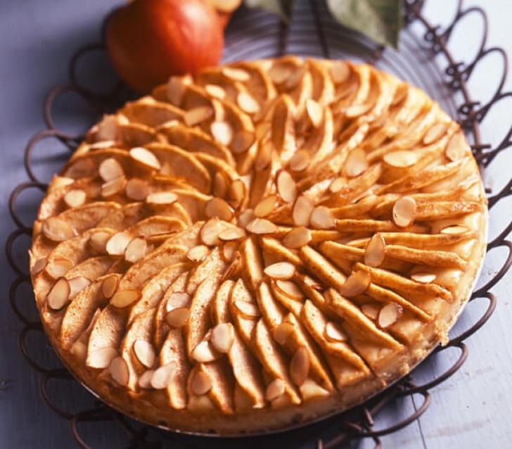 Cel mai bun tort de mere pe care l-ai mâncat până acum. De post. Iată reţeta