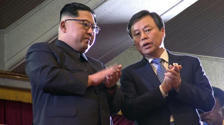 Kim Jong-un, alături de ministrul culturii din Coreea de Sud