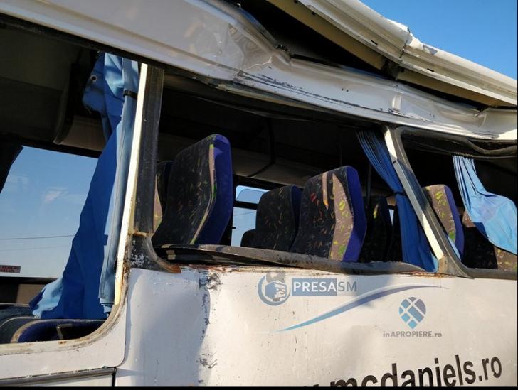 Coliziune violentă între două autobuze soldată cu opt victime! S-a activat planul roșu(Video)