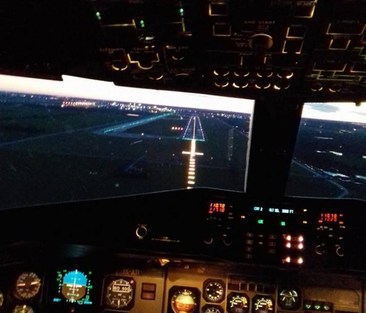 Incident grav pe aeroportul Otopeni, o aeronavă a rupt mai multe balize