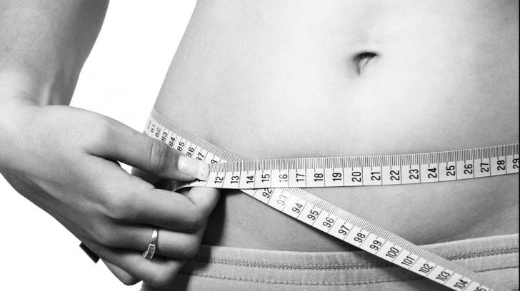 Cum să-ți dai seama dacă ești sau nu supraponderal. Testul simplu pe care să-l faci acasă