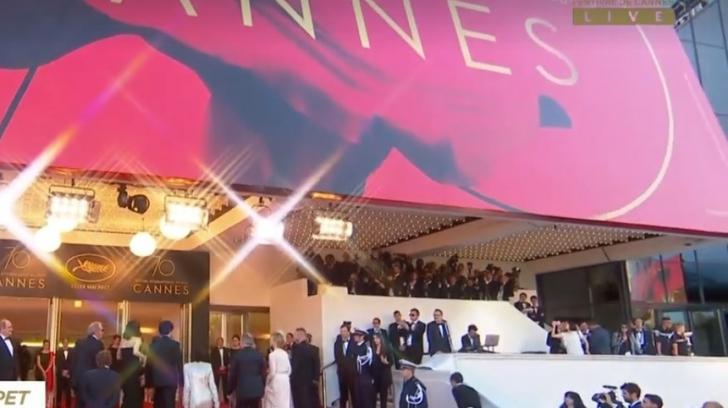 """Filmul """"Albastru şi roşu, în proporţii egale"""", în competiţia de la Cannes"""