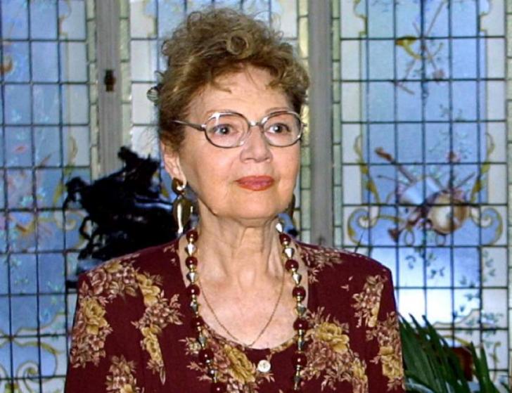 <p>Carmen Stanescu</p>