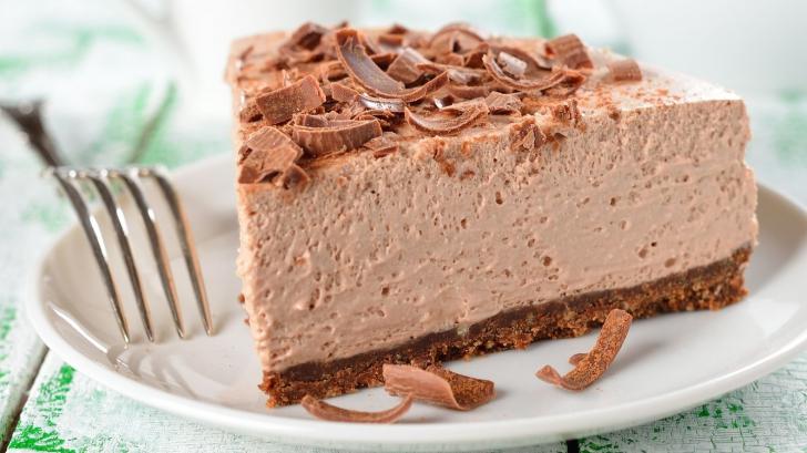 Cum să faci cel mai bun cheesecake rapid, fără coacere. Reţeta pentru care te va lauda toată lumea