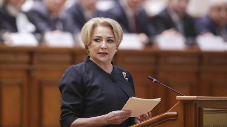 """Dăncilă, despre Iohannis: """"Nu suntem la școală să vină domnul profesor să ia elevii de urechi"""""""